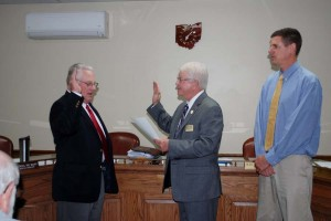 Bill Ostmann Swearing in (1)