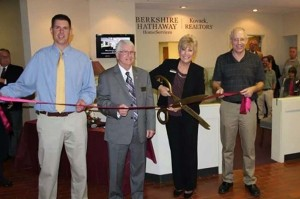 Best pic of cutting ribbon, Michelle and Mike Kovach with Ray and Ken